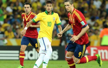 Neymar: quem disse que ele não joga na seleção mesmo?